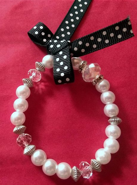 Bracelet-pearls-metal-elements-with-ribbon