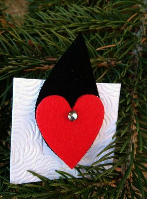 Брошка тип щипка, материал филц и естествен велур Leaf and heart