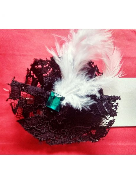 Vintage-Brooch-Gift-Lace-Feathers-Stones-Gatsby-Style