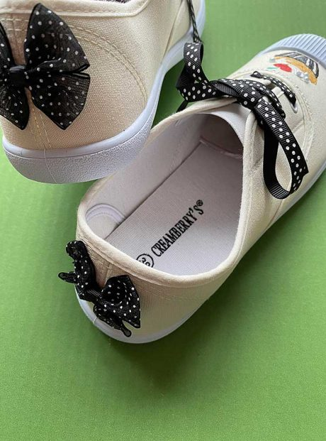 Hand-painted-sneakers-white