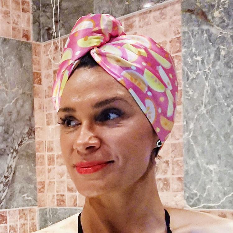 Тюрбан с копче подсушаване на коса